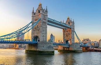 tower-bridge-atrakcje